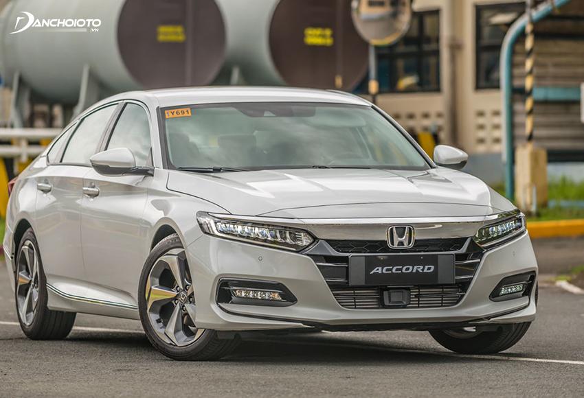 Đầu xe Honda Accord 2020 ấn tượng mạnh với cụm lưới tản nhiệt mở rộng hoàn toàn mới