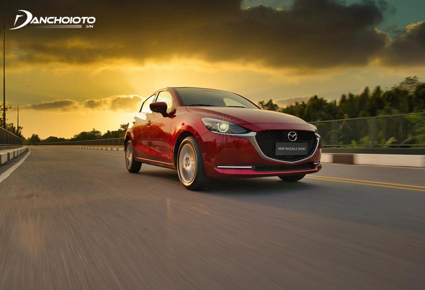 """Động cơ 1.5L Skyactiv trên Mazda 2 2020 có nhiều sự tinh chỉnh giúp công suất cực đại và mô men xoắn cực đại đạt cao hơn so với """"người tiền nhiệm"""""""