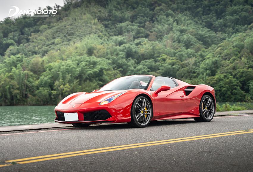 Ferrari 488 Spider mui trần