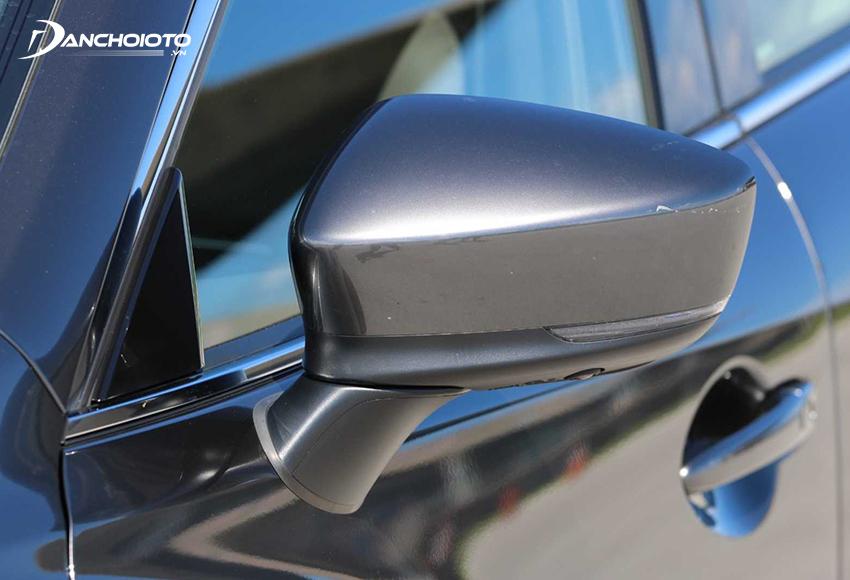 Gương chiếu hậu Mazda 2020 tích hợp đầy đủ các tính năng