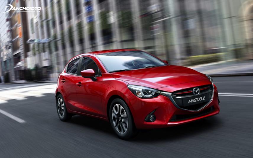 Mazda 2 2015 sở hữu một diện mạo hoàn toàn mới mẻ, đẹp hơn, sang trọng hơn