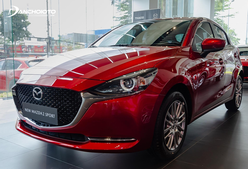"""Mazda 2 Sport có giá bán thấp hơn nhưng """"thắng thế"""" hoàn toàn với hàng loạt trang bị cao cấp"""
