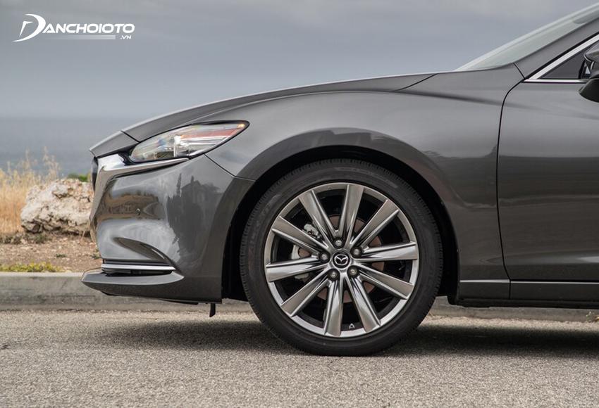 Mazda 2020 có 2 tuỳ chọn lốp 225/55R17 và 225/45R19