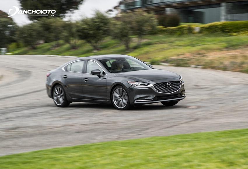 Mazda 6 2020 được trang bị công nghệ G-Vectoring Control Plus giúp xe ổn định hơn
