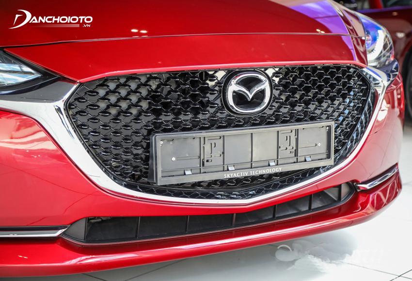 Phần đầu dưới Mazda 2 2020 thiết kế theo phong cách mở rộng về phương ngang