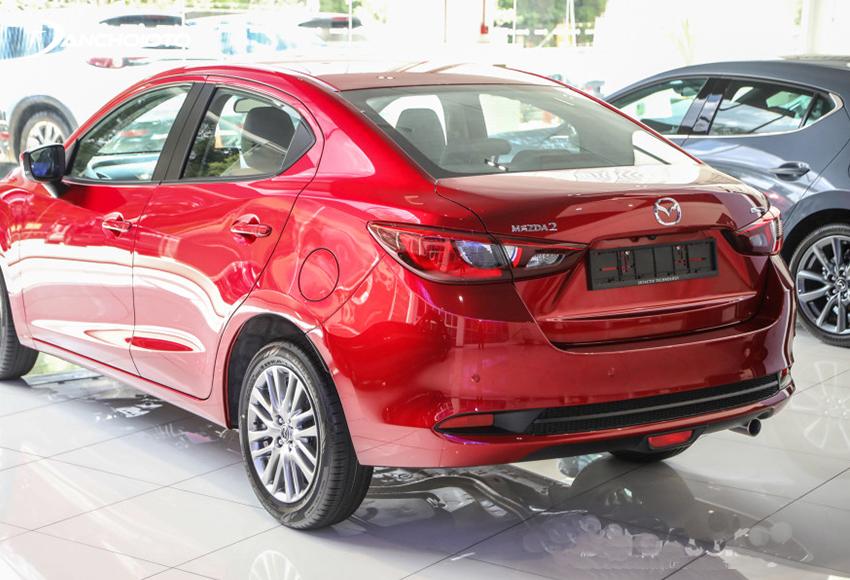 Thân xe Mazda 2 2020 cũng sống động và quyến rũ hơn