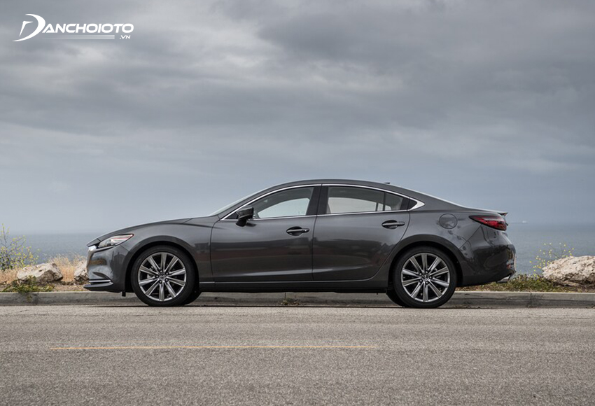 Thân xe Mazda 6 2020 không có nhiều sự thay đổi so với trước
