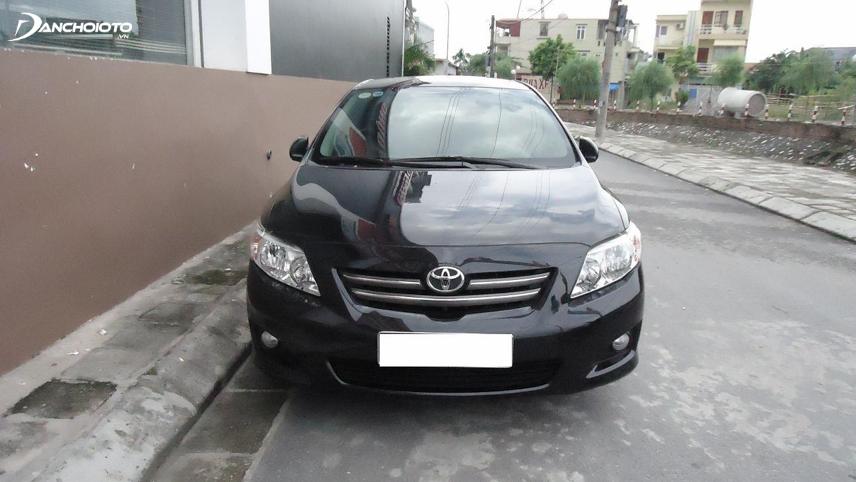 Toyota Corolla Altis cũ sau 7 - 10 năm vẫn vận hành êm ái, hệ thống côn - ga - phanh vẫn hoạt động hiệu quả