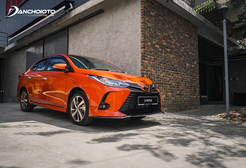 """Toyota Vios nổi bật là một lựa chọn """"ăn chắc mặc bền"""" đáng tin cậy"""