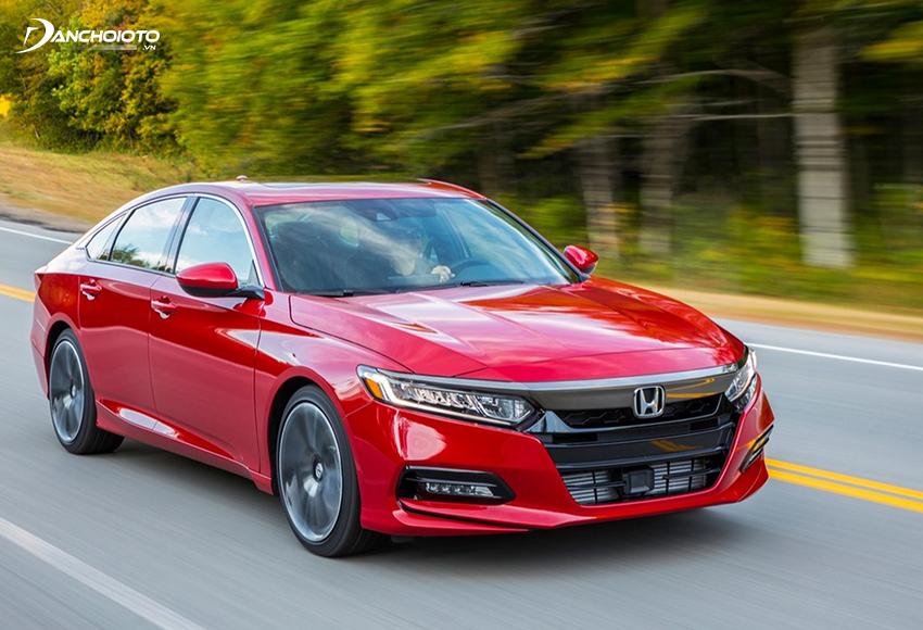 Trải nghiệm khi cầm lái Honda Accord 2020 nếu phải gói gọn trong 2 từ thì đó là: êm và sướng