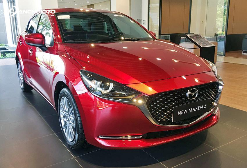 Trong các phiên bản, Mazda 2 2020 Luxury được đánh giá là sự lựa chọn hợp lý