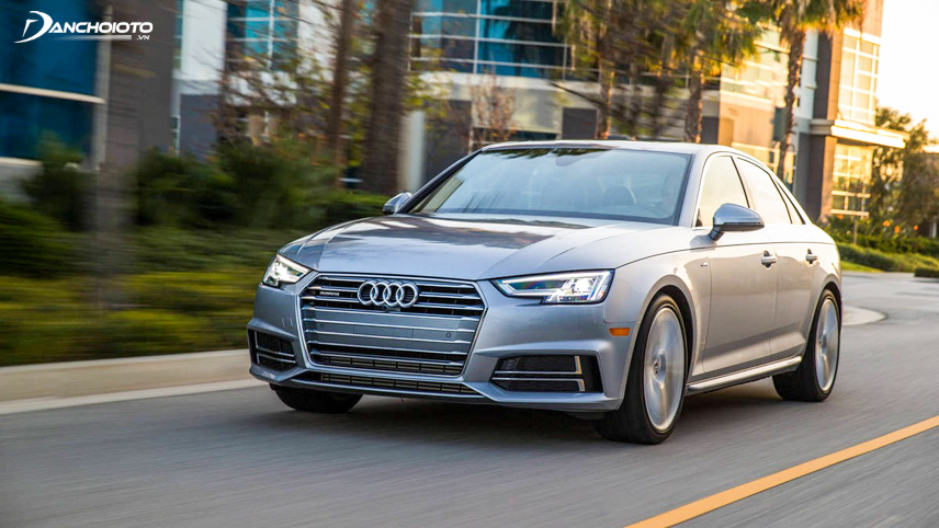 Audi A4 equipped with 2.0L engine with 4 cylinders turbocharged brings an interesting and impressive feeling