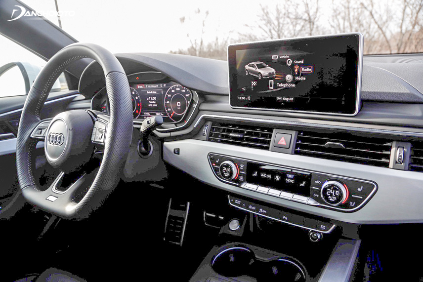 The A4's cockpit system is equipped with a luxurious and modern Virtual Cockpit dashboard