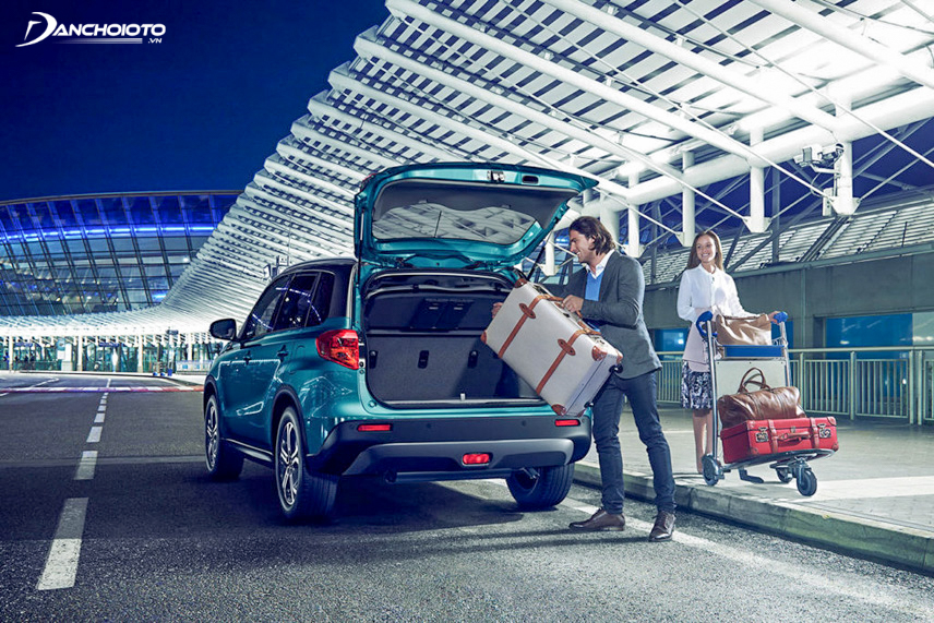 Khoang hành lý có thể tích vừa phải và được mở rộng dễ dàng