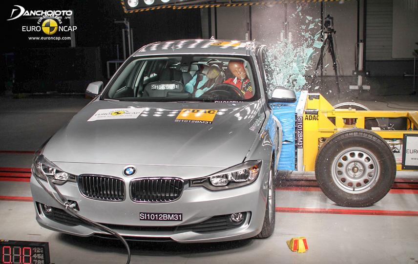 Side crash test of Euro NCAP