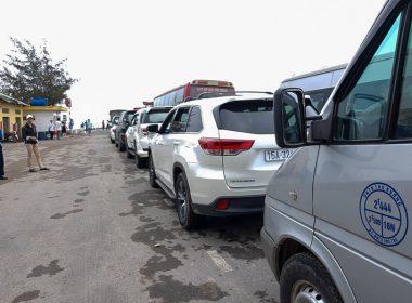 Hướng dẫn các bước lái xe ô tô qua phà an toàn