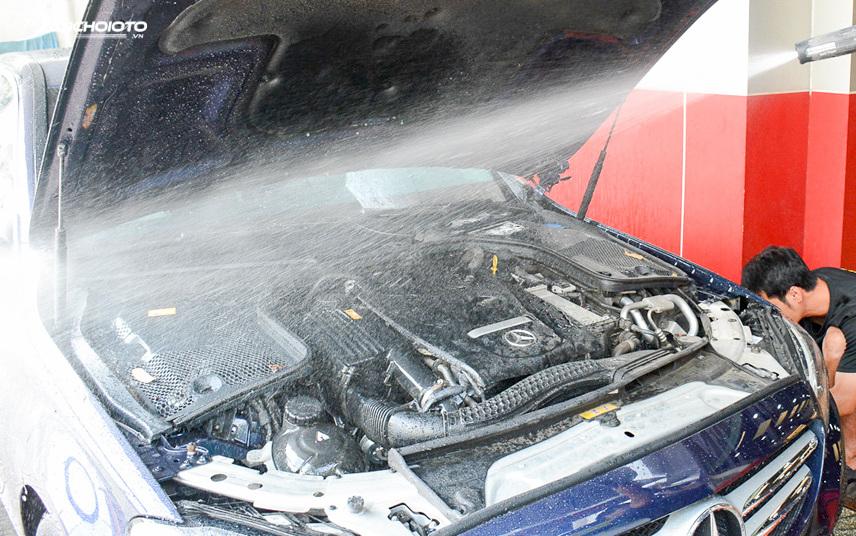 When washing the car, cover the electrical connections in the engine compartment