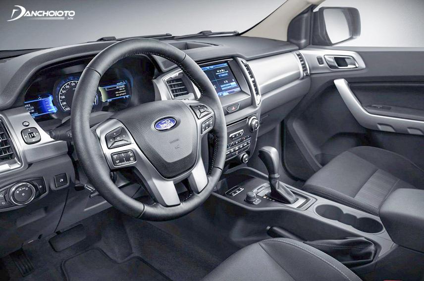 Nội thất Ford Everest chú trọng tính thực dụng cho khách hàng