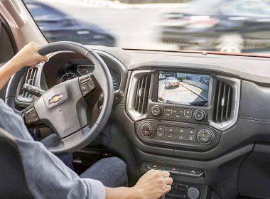 Tăng giảm ga đột ngột gây hại cho xe ô tô nhiều hơn bạn tưởng!