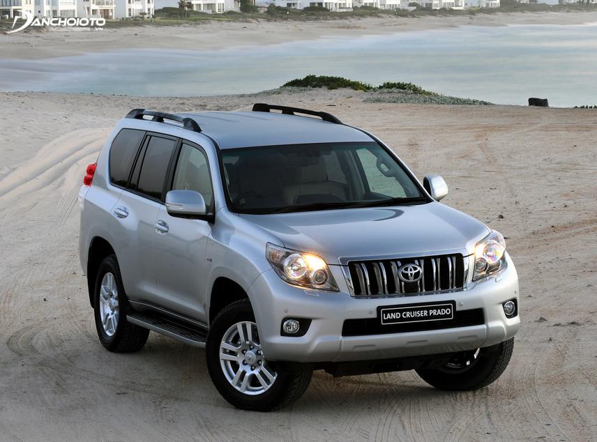 Toyota Land Cruiser Prado VX 2009 mang nét đặc trưng của thế hệ thứ ba