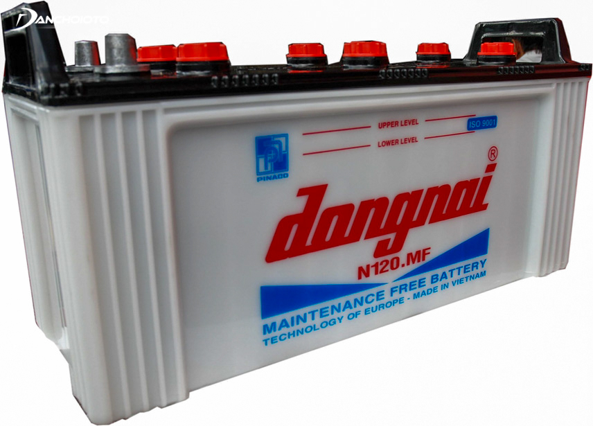 The advantages of the water battery are strong voltage, low price