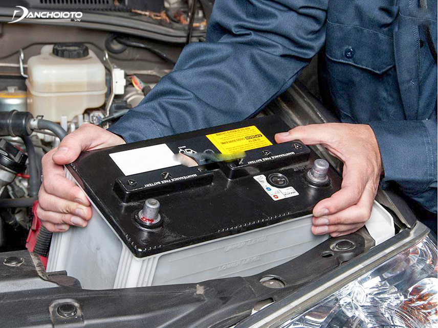 Whether the use of a dry or water battery depends on the user's preference and needs