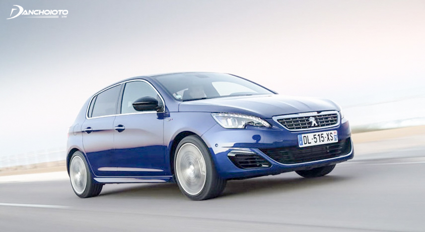 2015 Peugeot 308 from France is an attractive old car