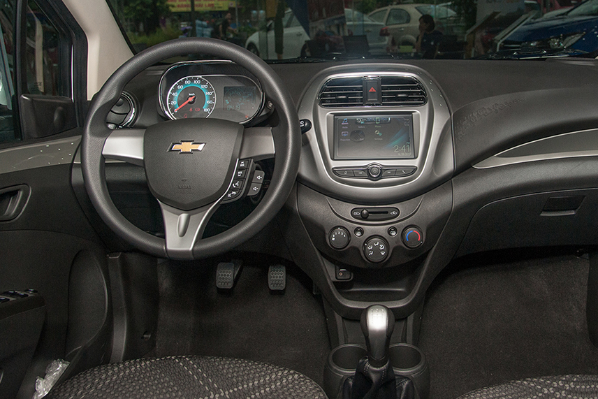 2018 Chevrolet Spark uses the steering wheel of the previous generation