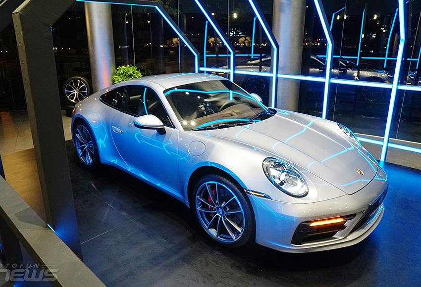 Porsche 911: Giá