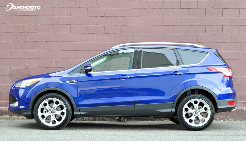 Performance of the old Ford Escape 2015 is very stable and smooth