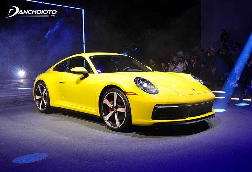 Porsche 911 mới là chiếc siêu xe thể thao sở hữu dáng vóc gọn gàng trẻ trung