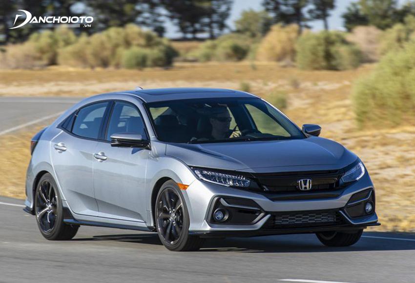 Honda Civic đậm chất thể thao từ thiết kế đến vận hành