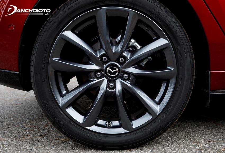 Lazang Mazda 3 2020 Premium dùng loại 18 inch đi cùng bộ lốp 215/45R18