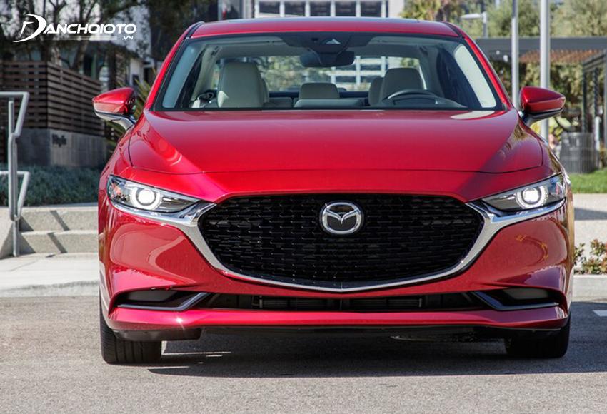 Phần đầu Mazda 3 2020 theo lối tối giản hoá tạo nên sự đặc sắc rất riêng