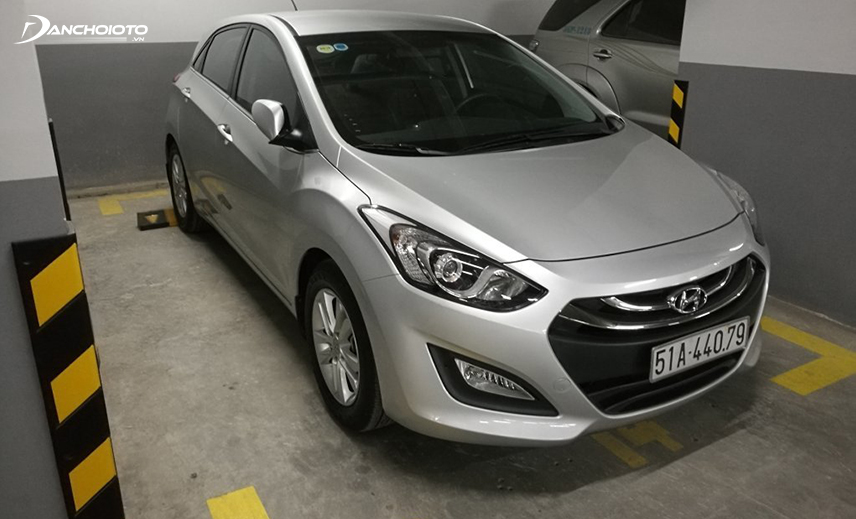 Hyundai i30 2013 - 2014 is a model of about 400 million old imported cars that are quite durable