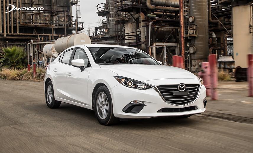 Mazda 3 2014 là xe cũ tầm 400 triệu đáng mua ở nhóm xe qua sử dụng 4 - 6 năm