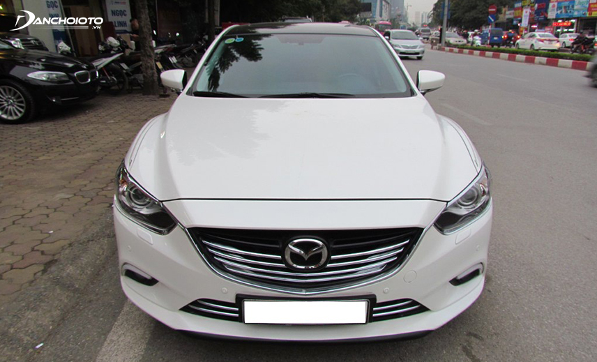 Buy Mazda 3 400 million, you can choose the old Mazda 3 model from 2014