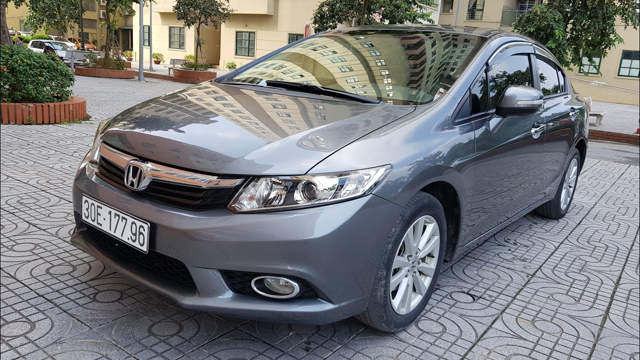 Buying an old 500 million used car, the old Honda Civic 2013 - 2014 is a quality option