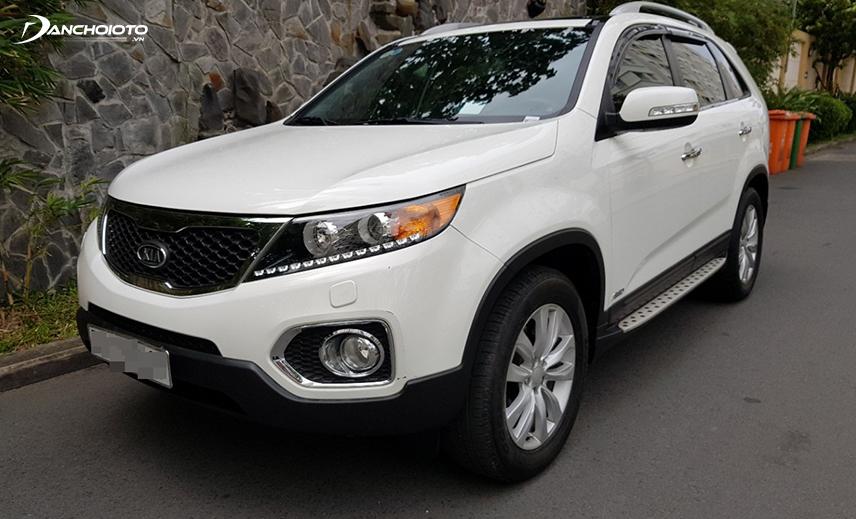 Kia Sorento 2014 - 2015 là mẫu CUV 7 chỗ cũ giá 600 triệu có phiên bản máy dầu tiết kiệm nhiên liệu