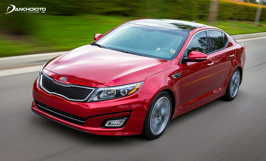 Buying an old Kia Optima price of 600 million, buyers can choose from 2013-2014