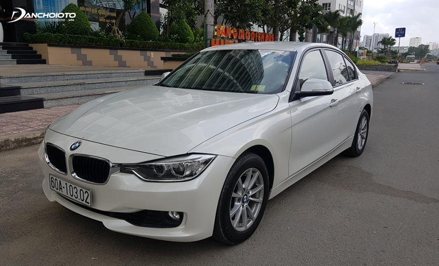 Buying an old car of about 800 million, an old BMW 320i buyer can choose the 2013-2014 model