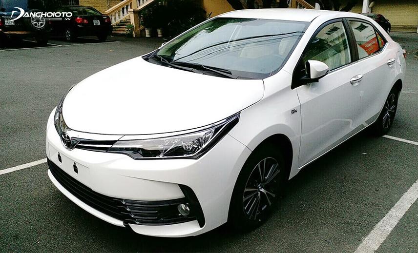Mua xe Toyota 600 triệu cũ, bạn có thể chọn Toyota Corolla Altis đời 2016 - 2017