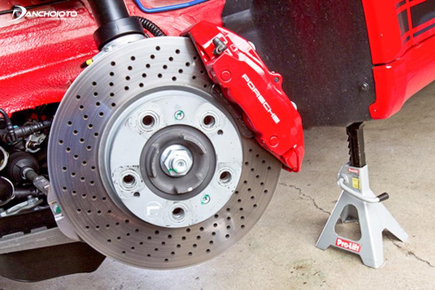 Phanh đĩa xe ô tô
