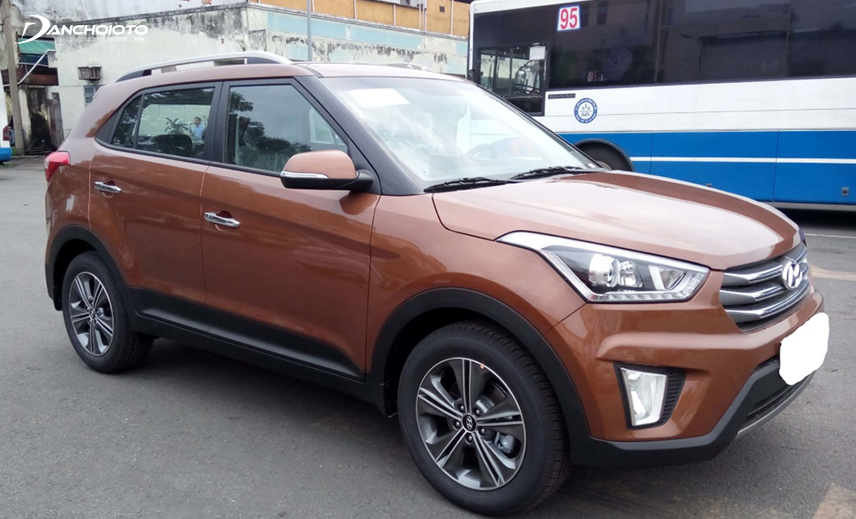 In the group of old 5-seater high-priced cars priced at 600 million, Hyundai Creta 2015 - 2016 is not too prominent