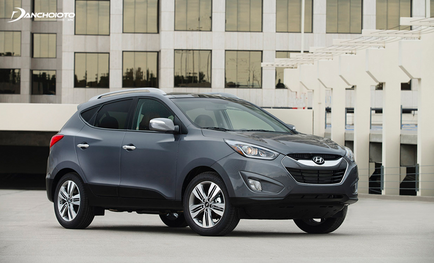 In the price range of 600 million, the old Hyundai Tucson 2013 - 2014 has a 2.4L version for quite outstanding performance
