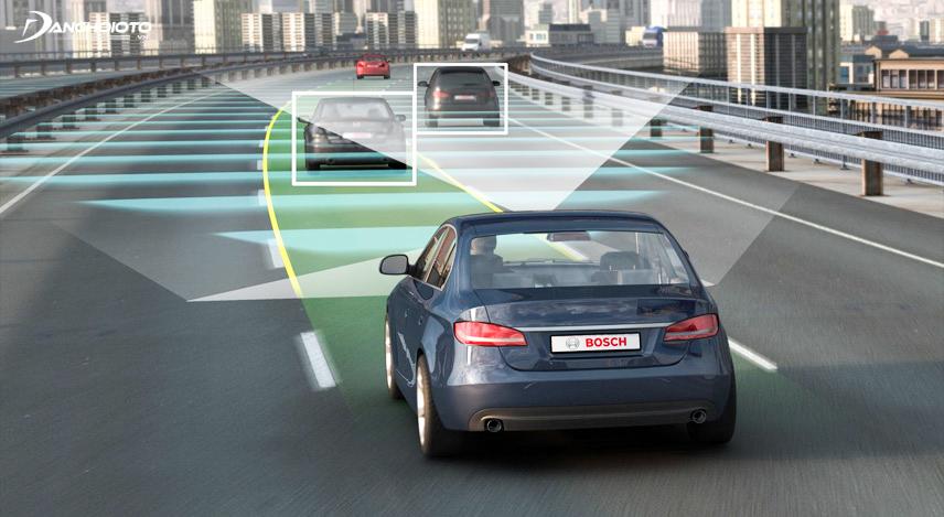 Xe tự lái ứng dụng nhiều công nghệ thông minh