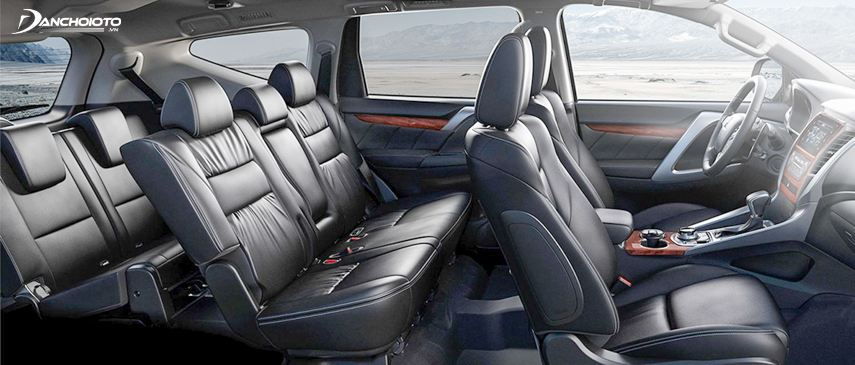 A close-up of the interior of the Pajero Sport 2018