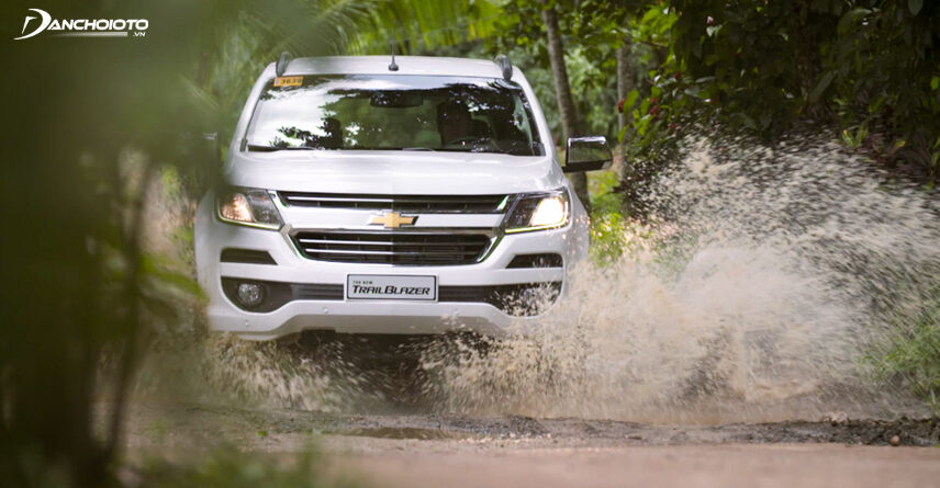 With a roar as high as Pajero Sport, Trailblazer wading ability is also 800m.
