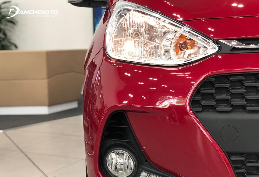 Cặp đèn trước Hyundai Grand i10 2020 hình tam giác nhấn sâu