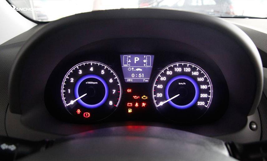 Cụm đồng hồ xe Accent 2018 - 2019 có màn hình Cluster LCD 3,5 inch